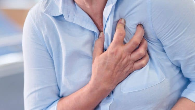 Heart-attack-signs-symptoms-women