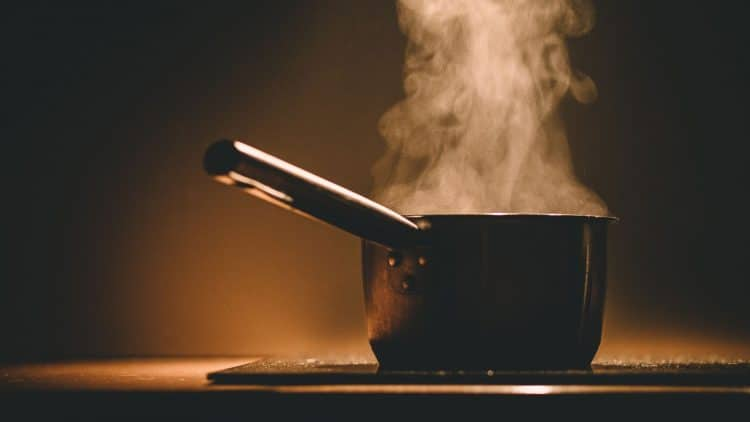 steaming-pot-of-water